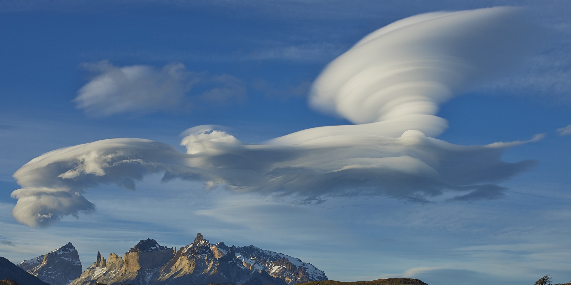 Lenticular clouds met office - Met office mountain forecast ...