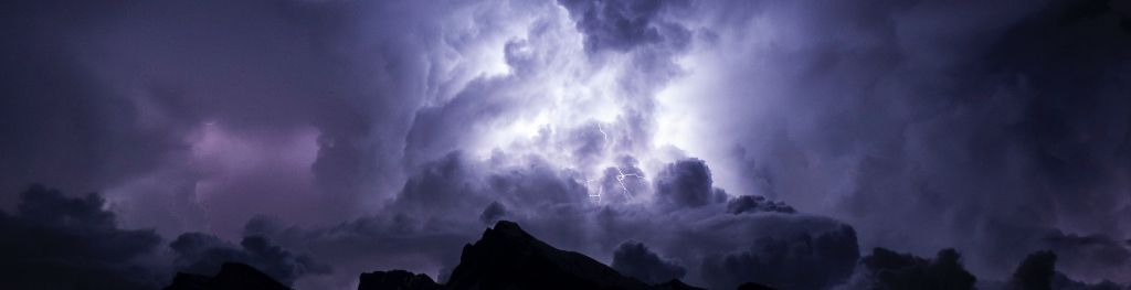 Something is. can there be lightning without clouds have