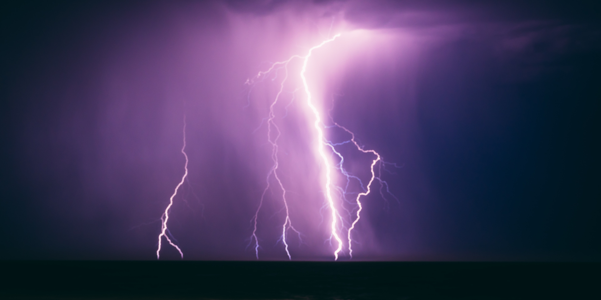 10 striking facts about lightning